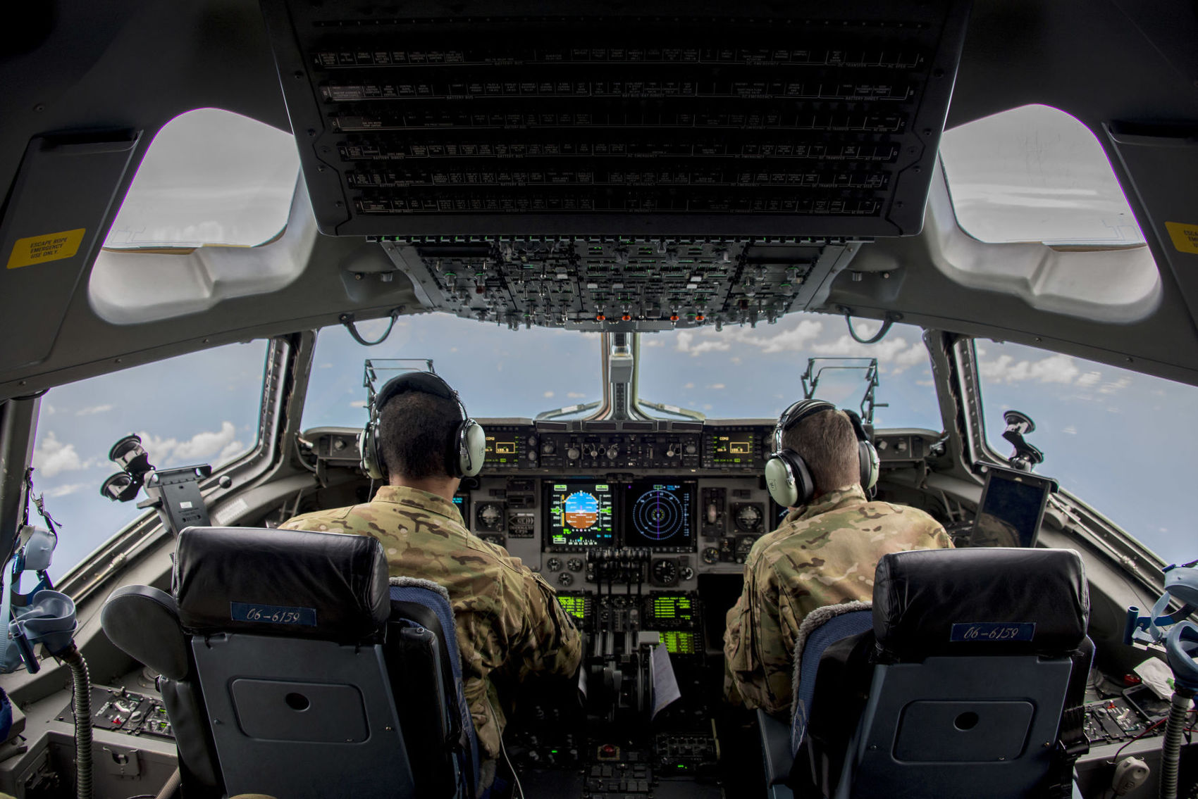 Keeping experienced pilots a critical concern for Air Force brass