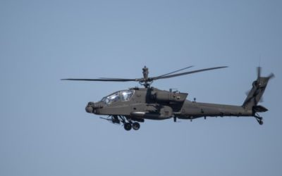 Pilots, ground troops combine to test Apache helicopter modernization upgrades